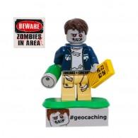 Figurine LEGO trackable Zombie Cache Hunter - Edition Limitée
