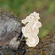 Geocaching Tribe - Wooden Seahorse