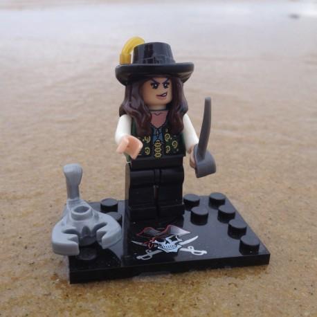Figurine Pirate Brick - Elizabeth