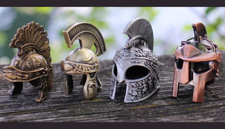 Les géocoins 3D casques romains sont disponibles